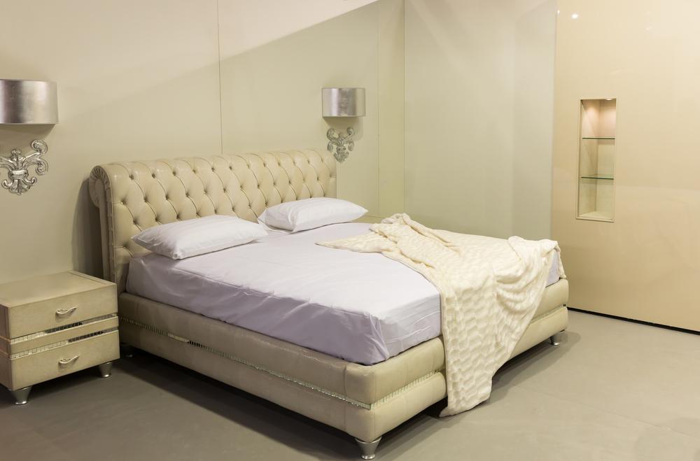 boxspring posteľ