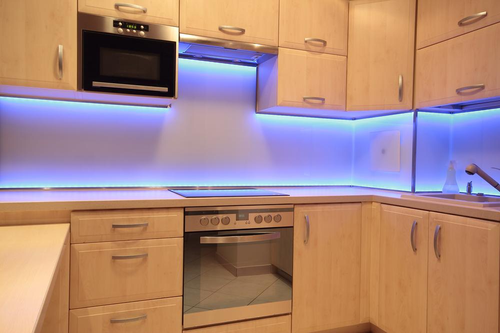 LED pásik v kuchyni