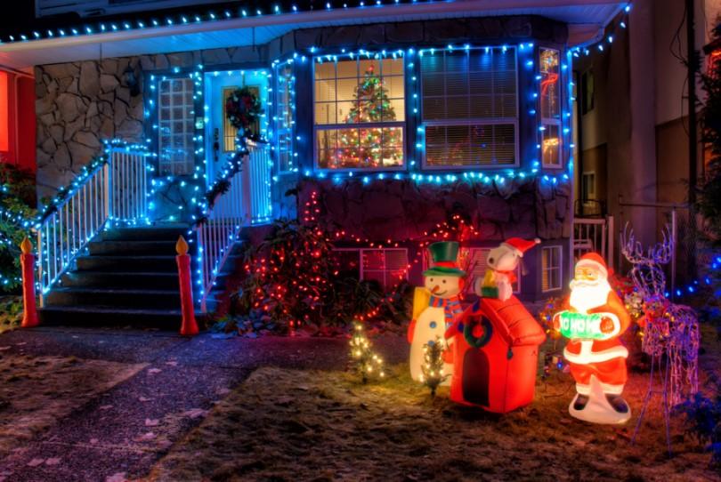 Vonkajšie vianočné osvetlenie