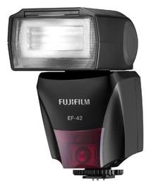 Blesk FujiFilm EF-42 TTL blesk