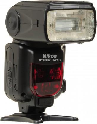 Blesky Nikon SB-910