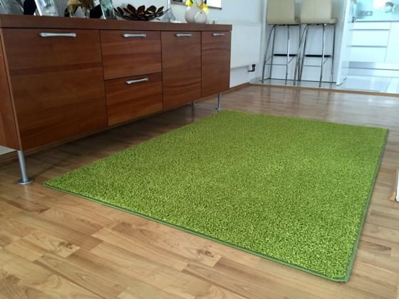 Color Shaggy - Koberec, 60x110 cm (zelená)