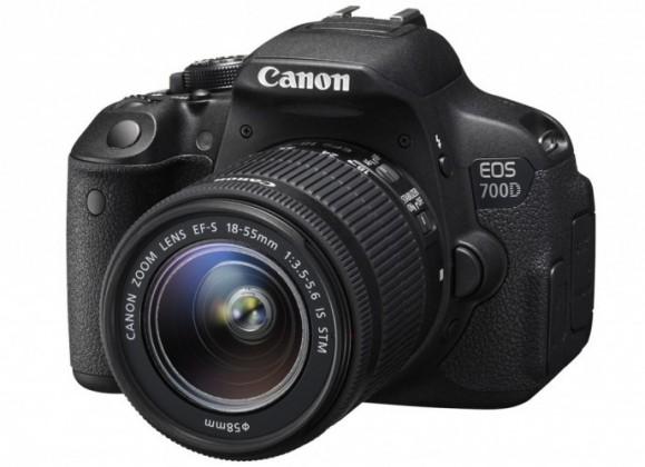 Digitálna zrkadlovka Canon EOS 700D Body zrcadlovka 18.0MPix + 18-55mm IS STM+ LP-E8+D