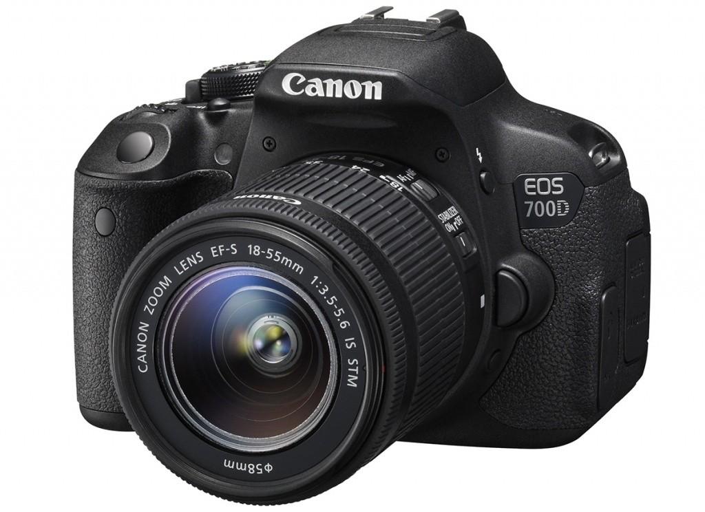 Digitálna zrkadlovka Canon EOS 700D Body zrcadlovka 18.0MPix + 18-55mm IS STM