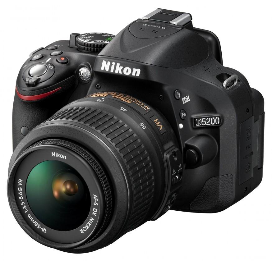 Digitálna zrkadlovka Nikon D5200+objektiv NIKKOR 18-55mm