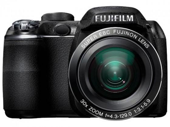 Digitálny kompakt  FujiFilm FinePix S4000