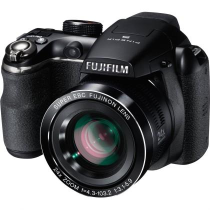 Digitálny kompakt  Fujifilm FinePix S4200 black