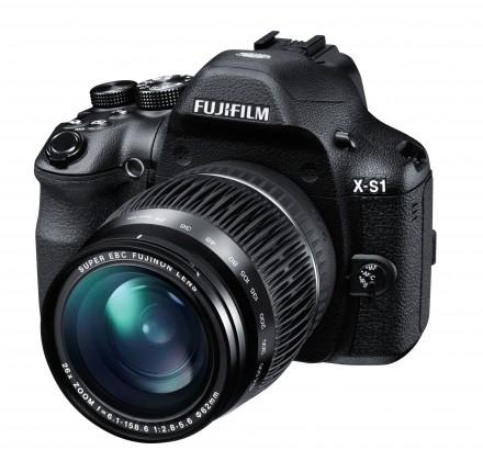 Digitálny kompakt FUJIFILM FinePix X-S1