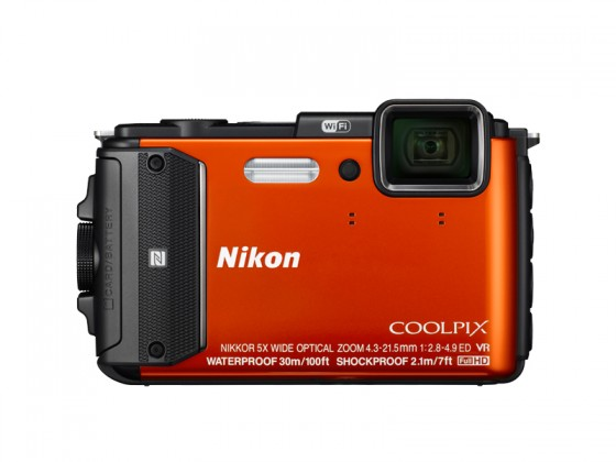Digitálny kompakt Nikon COOLPIX AW130 orange