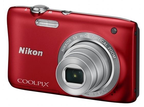 Digitálny kompakt NIKON COOLPIX S2900 - 20,1 MP, 5x zoom - Red + case + 4GB