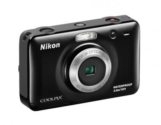 Digitálny kompakt  Nikon Coolpix S30 Black