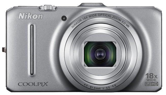 Digitálny kompakt  Nikon Coolpix S9300 Silver