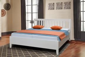 Drevená posteľ Ferata 160x200, vrátane roštu a úp, bez matracov