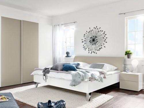 Drevená Shape 200x160 (biely, pieskovo sivý lak ultramat, chróm lesklý)