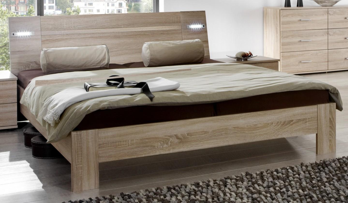 Drevená Vicenza - posteľ 180x200 cm (dub)