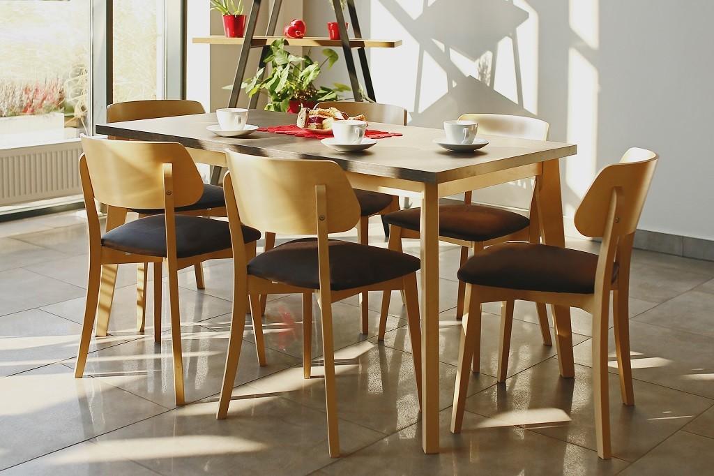 Jedálenské sety Jedálenský set Ombo-6x stolička, 1x rozkladací stôl(dub, čierna)