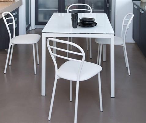 Jedálenský stôl Full (lak biely matný, extra biele sklo)