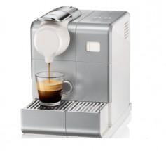 Kapsulový kávovar Nespresso De'Longhi EN560.S