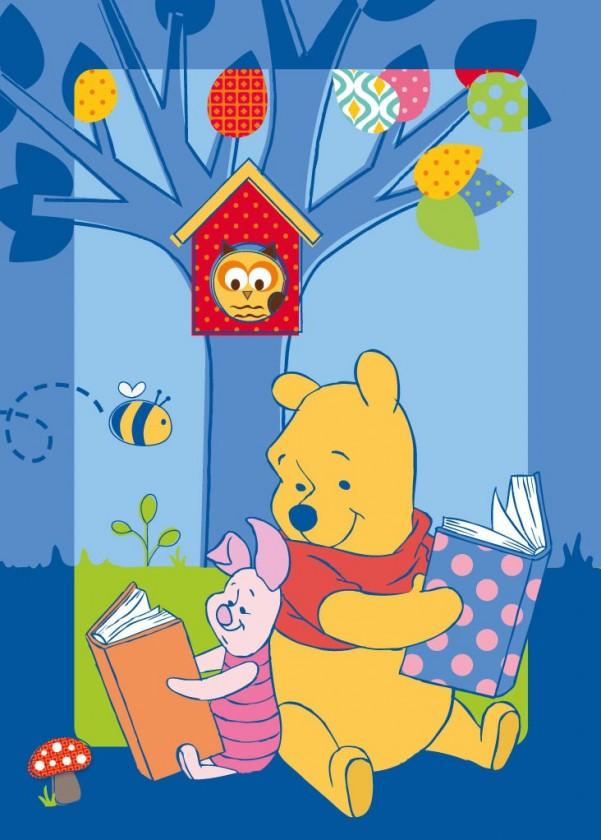 Koberec - Disney Winnie - 86 Winnie Story, 95x133 cm (modrá)