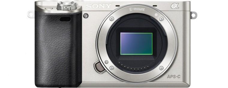 Kompakt s výmenným objektívom Sony Alpha 6000, telo, Silver (ILCE6000S.CEC)