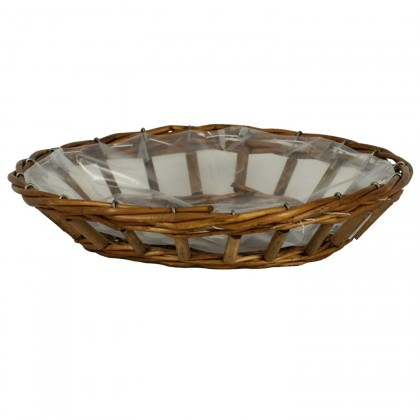 Košík proutěný  s igelitovou vložkou.