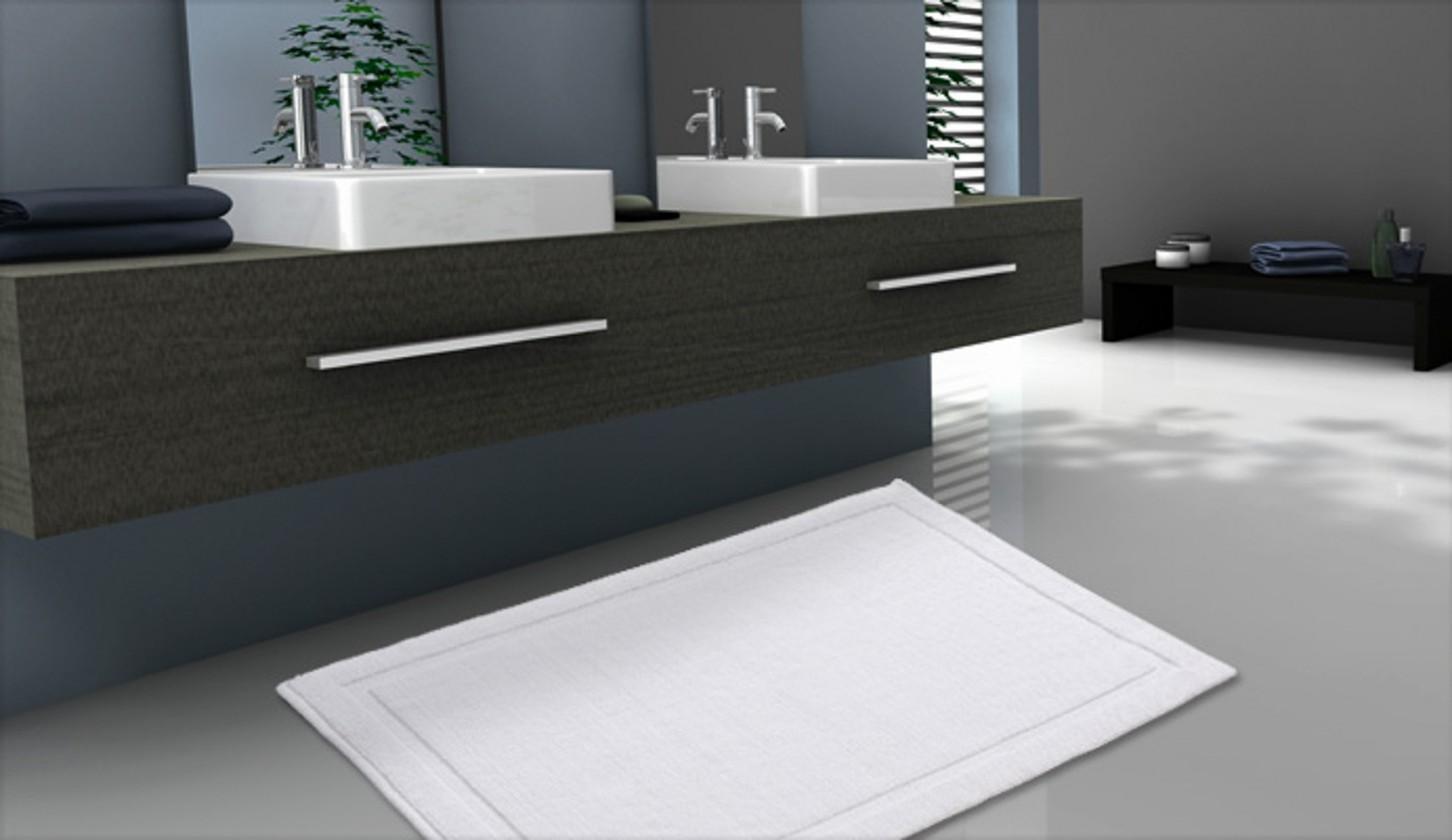 Lao - Kúpeľňová predložka 70x115 cm (snehovo biela)