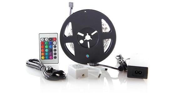 LED osvetlenie Solight LED pás, RGB, 3m,adaptér a diaľk. ovládač, 7,2W/m,WM55