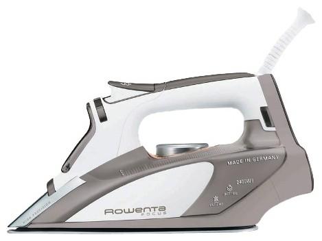 Naparovacia žehlička  Rowenta DW5030 Focus II