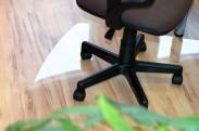 Podložka pod stoličku 125x100 (číra)