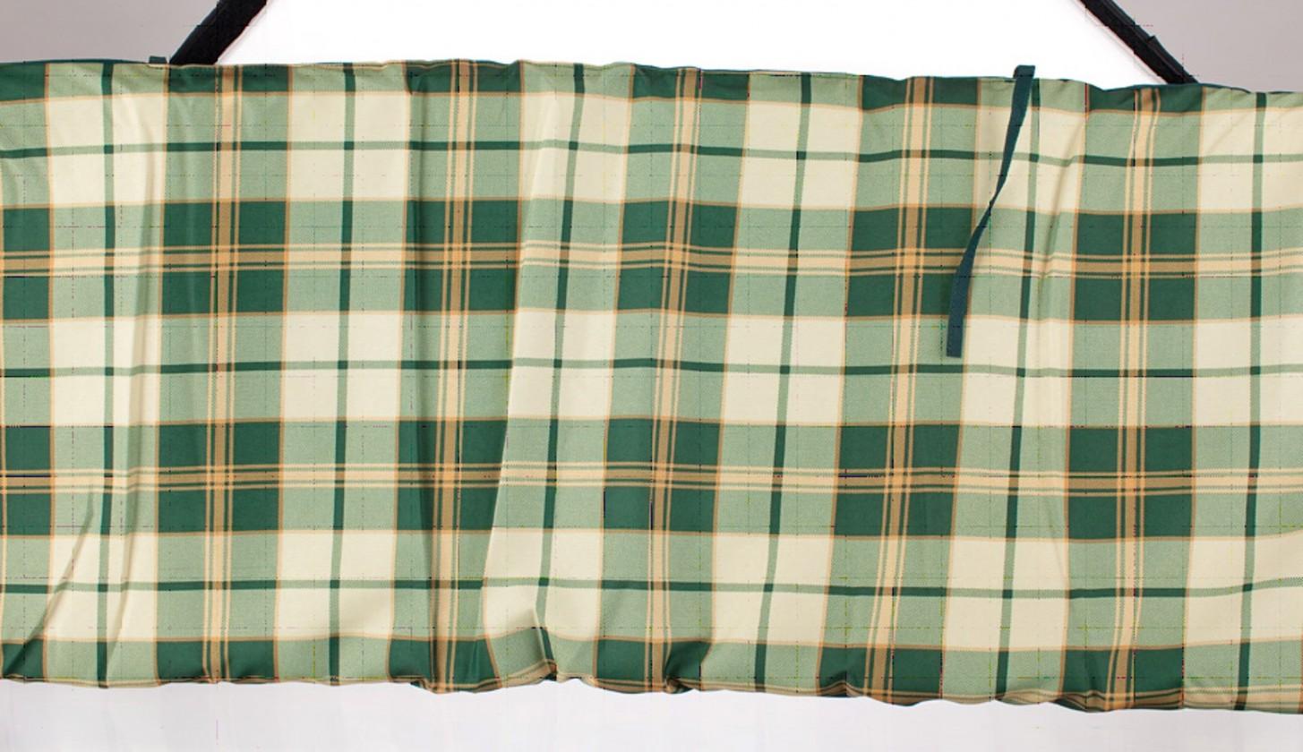 Poduška na hojdačku (zelená kostka)