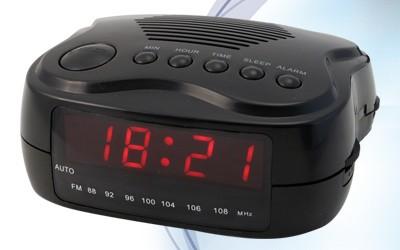 Rádiobudík  Roadstar CLR-235