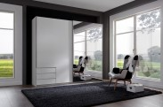 Skriňa Seattle - 225/208/64 cm, posuvné dvere, zrkadlo (biela)