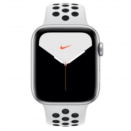 Smart hodinky Apple Watch Nike Series 5 GPS, 44mm,strieborná,športový remienok