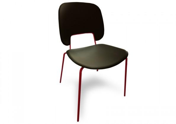 Stolička Traffic (lak červený matný, plast čierna)