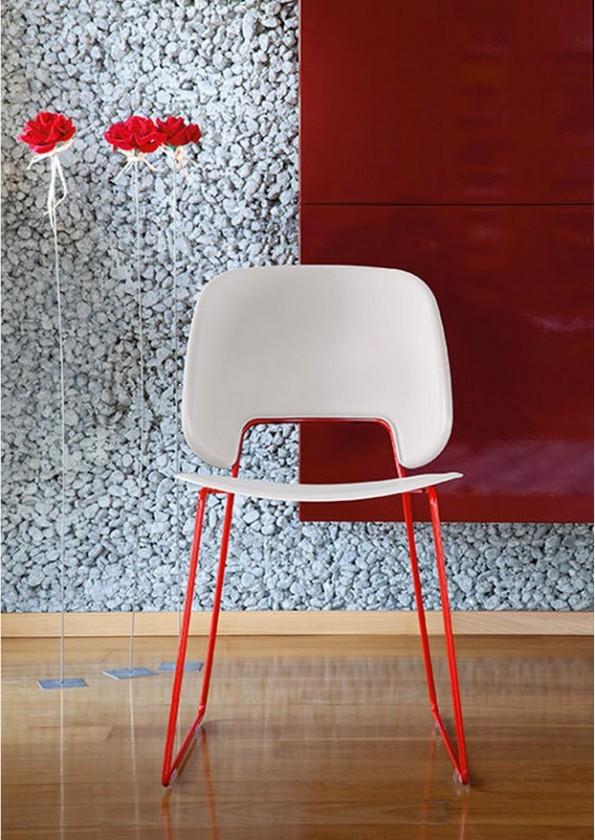 Stolička Traffic-t (lak červený matný, plast pieskový)