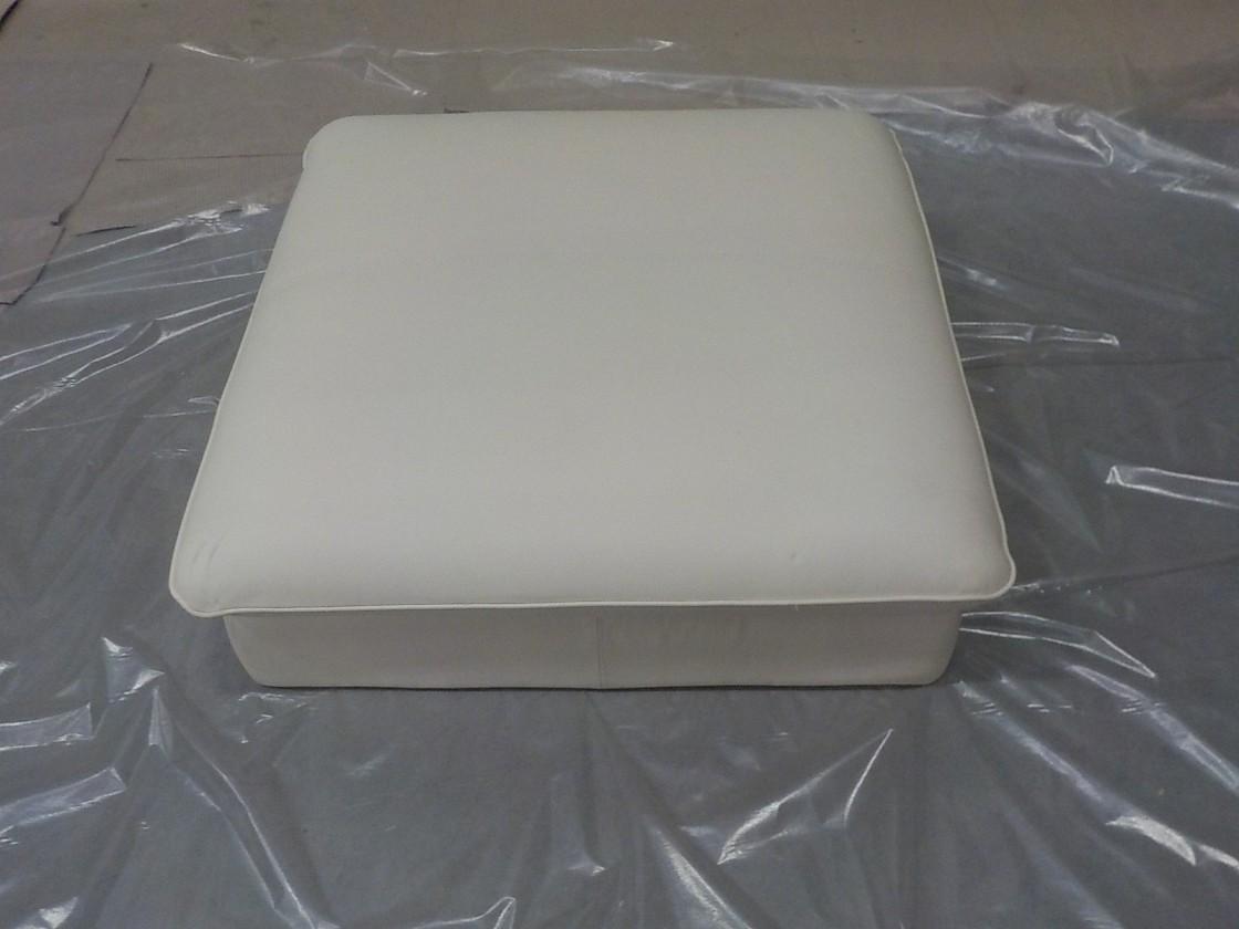Teresa - Taburet (pampas madras - white m9002)