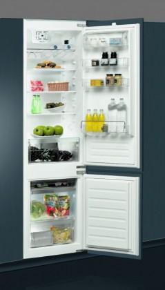 Vstavaná chladnička Vstavaná kombinovaná chladnička Whirlpool ART 9610/A+