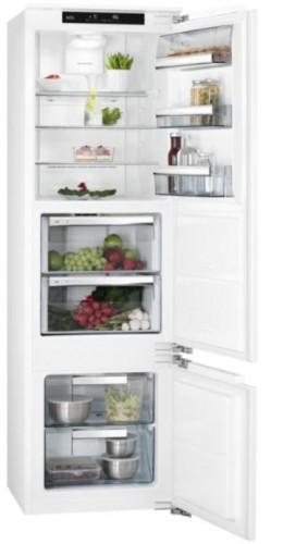 Vstavaná kombinovaná chladnička AEG SCE81816ZF, A+ VADA VZHĽADU,