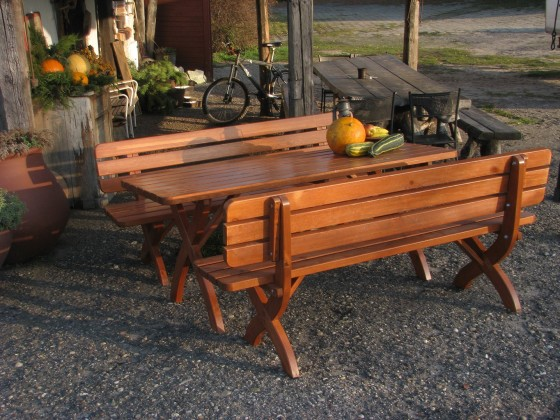 Záhrada ZLACNENÉ Strong masiv - Stôl (drevo)