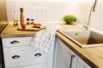 Objavte skrytý úložný priestor v rohovom riešení kuchyne
