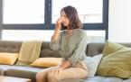 Ako odstrániť zápach zo sedačky?